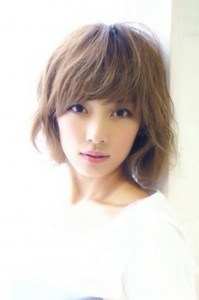 初花美咲さん(写真)